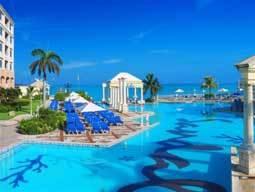 bahama_sandalsroyal01.jpg